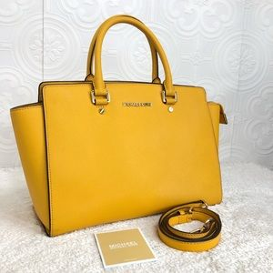 🌸OFFERS?🌸Michael Kors Leather Mustard Satchel